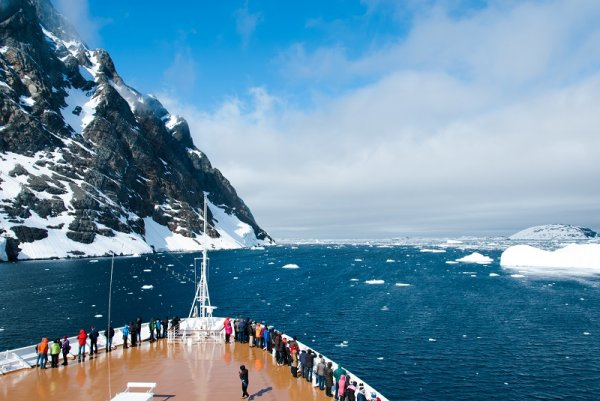 Heading off into the stunning world that is Antarctica